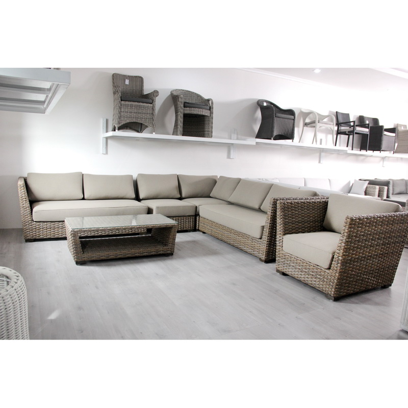 grey rattan lounge set