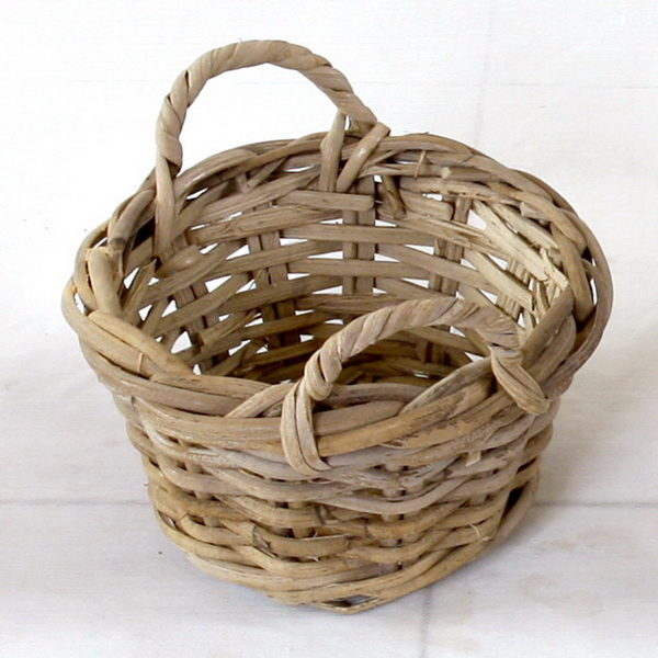 grey round wicker basket